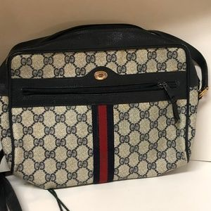 VINTAGE GUCCI Accessory Collection Crossbody